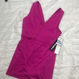 Fitted V-neck workout tank